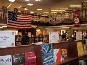 Summit_Public_Library_main_room_interior_view_October_2009bookstore